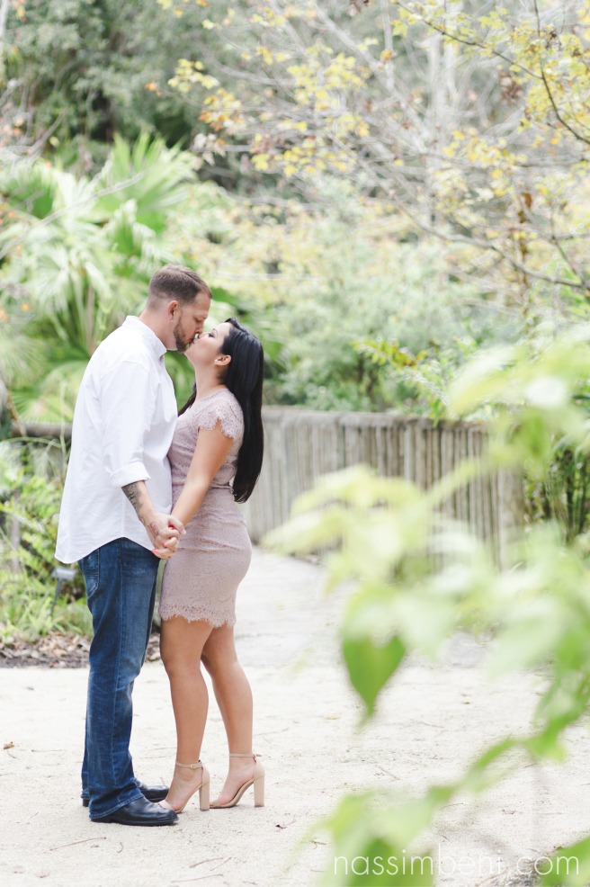 McKee-botanical-gardens-engagement-photos-by-central-florida-photographer-karen-nassimbeni-of-nassimbeni-photogrpahy-10