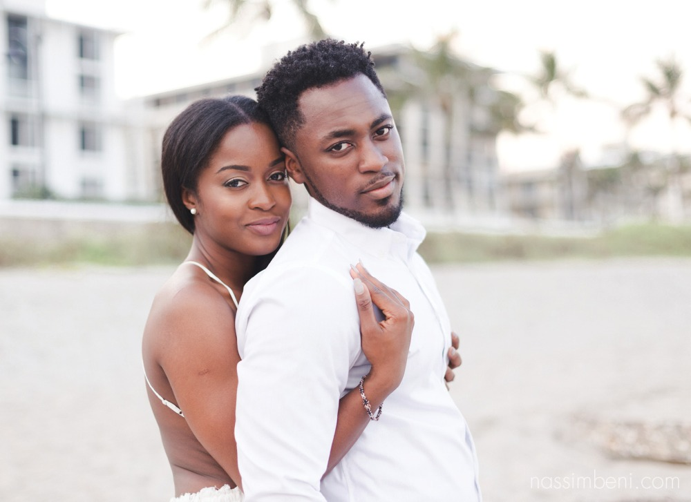 palm beach engagement photos in front of worth avenue by nassimbeni photography
