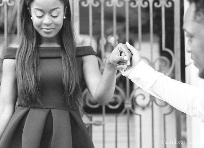 classy engagement photos in west palms worth avenue by nassimbeni photography
