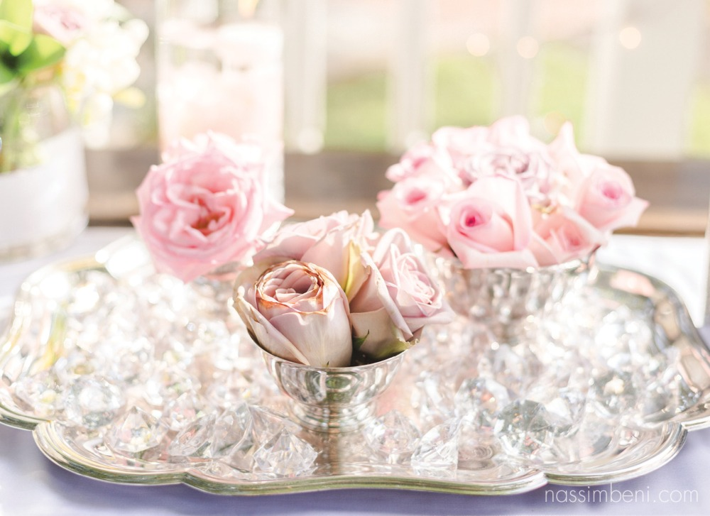 old and new roses for table decor by nassimbeni photography