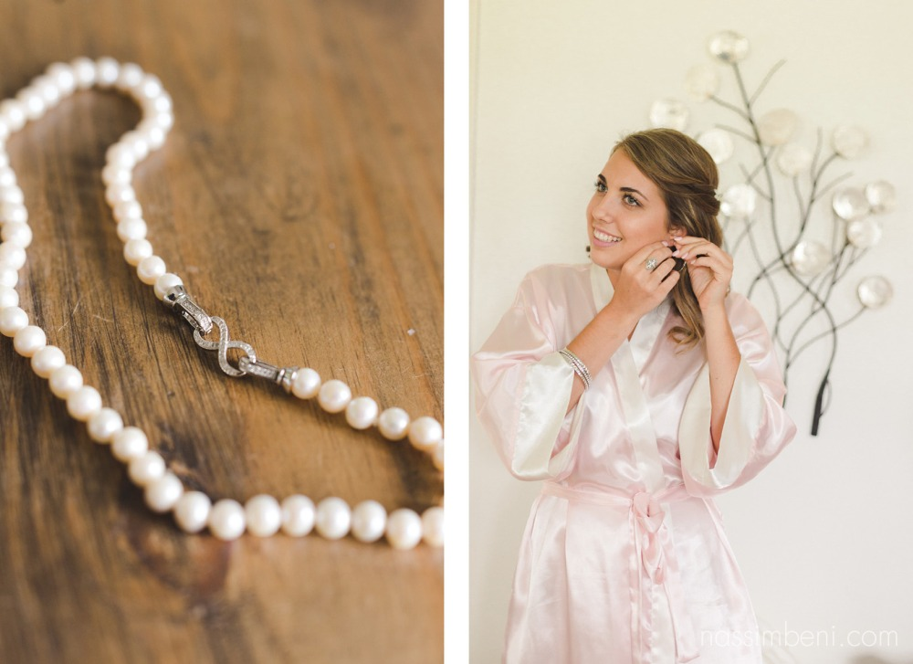 maid of honor in master suite at vero beaches bellwood plantation wedding venue by nassimbeni photography