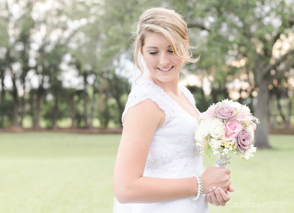bridal portraits in bellewood plantation by nassimbeni photography