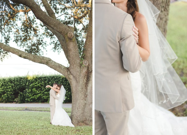 bride and groom under tree at bellewood plantation by Nassimbeni Photography