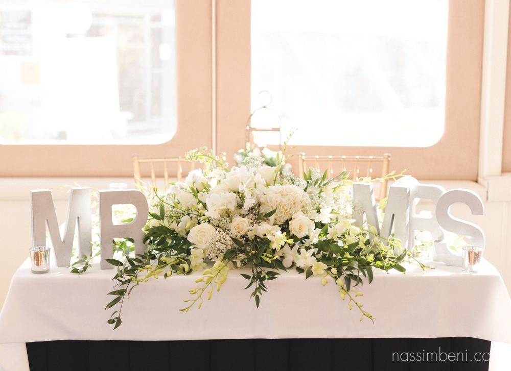 Giordano floral creations sweetheart arrangement on catalina yacht wedding by nassimbeni photography