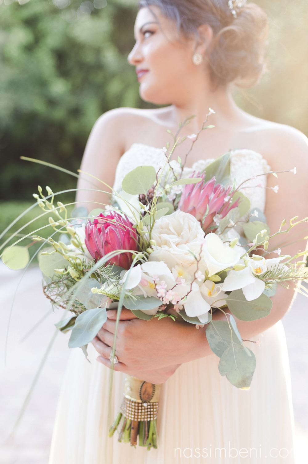 sarandipity florals bouquet for port st lucie wedding photographer nassimbeni photography