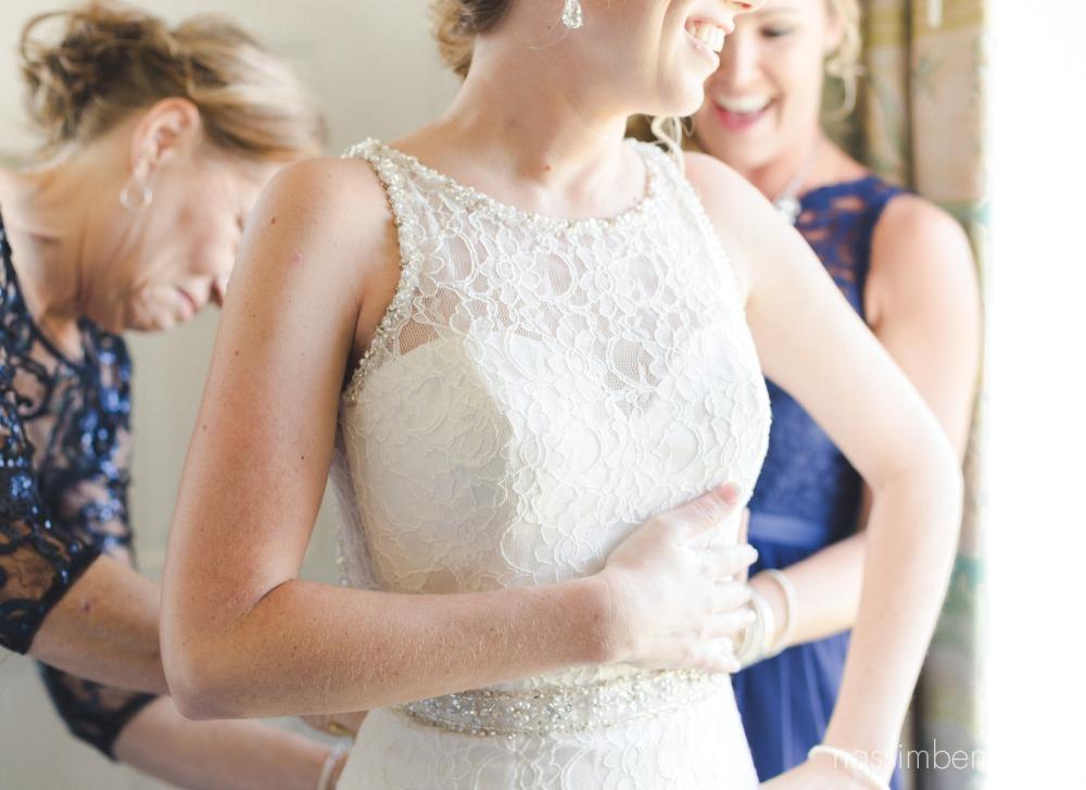 vero beach wedding photographer for bride prep