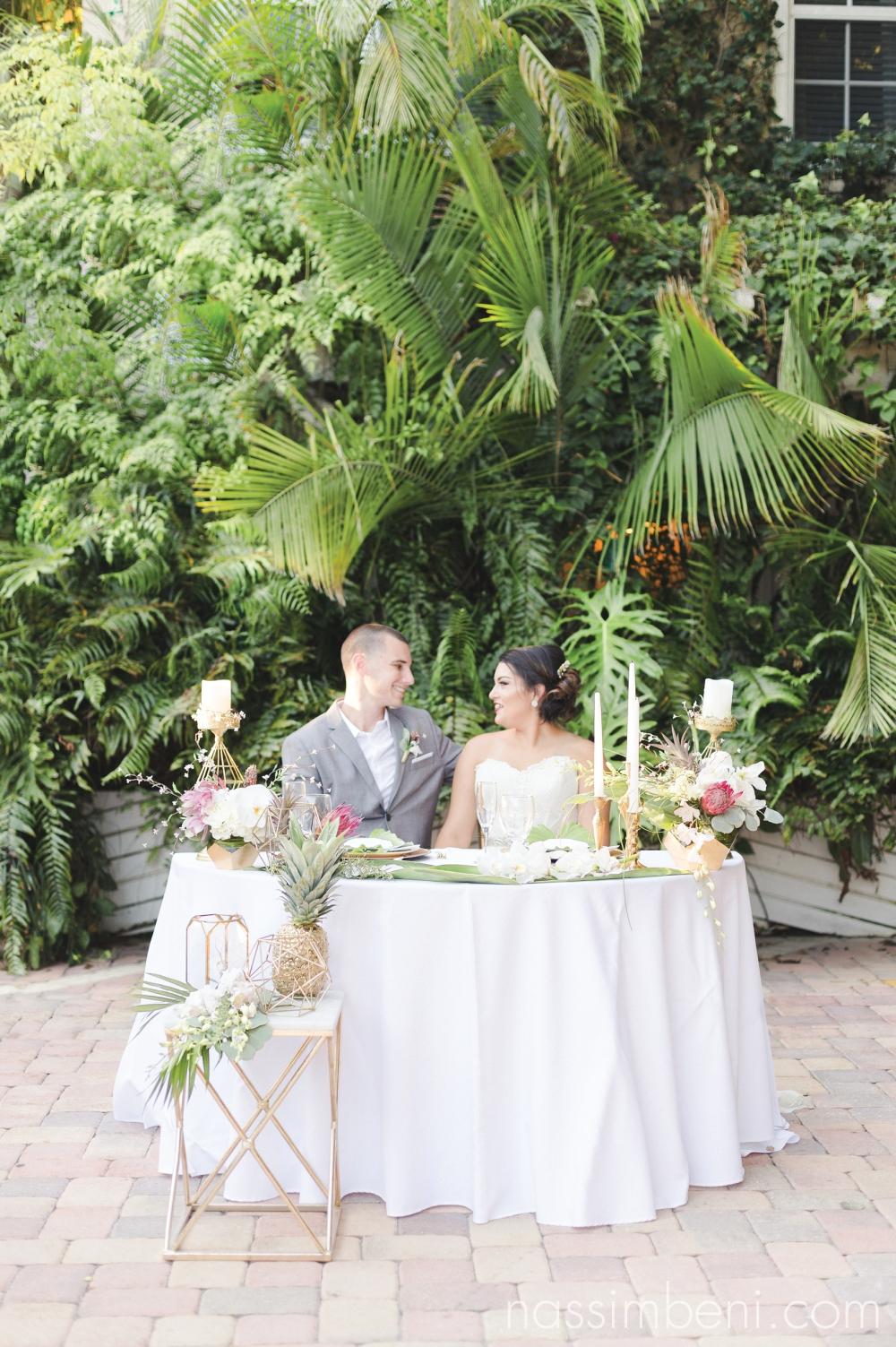 gold-and-geometric-tropical-wedding-inspiration-florida-destination-wedding-port-st-lucie-wedding-photographer-23