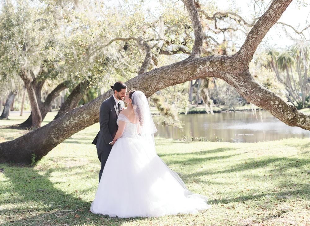 light-and-airy-port-st-lucie-wedding-photographer-nassimbeni-photography-26
