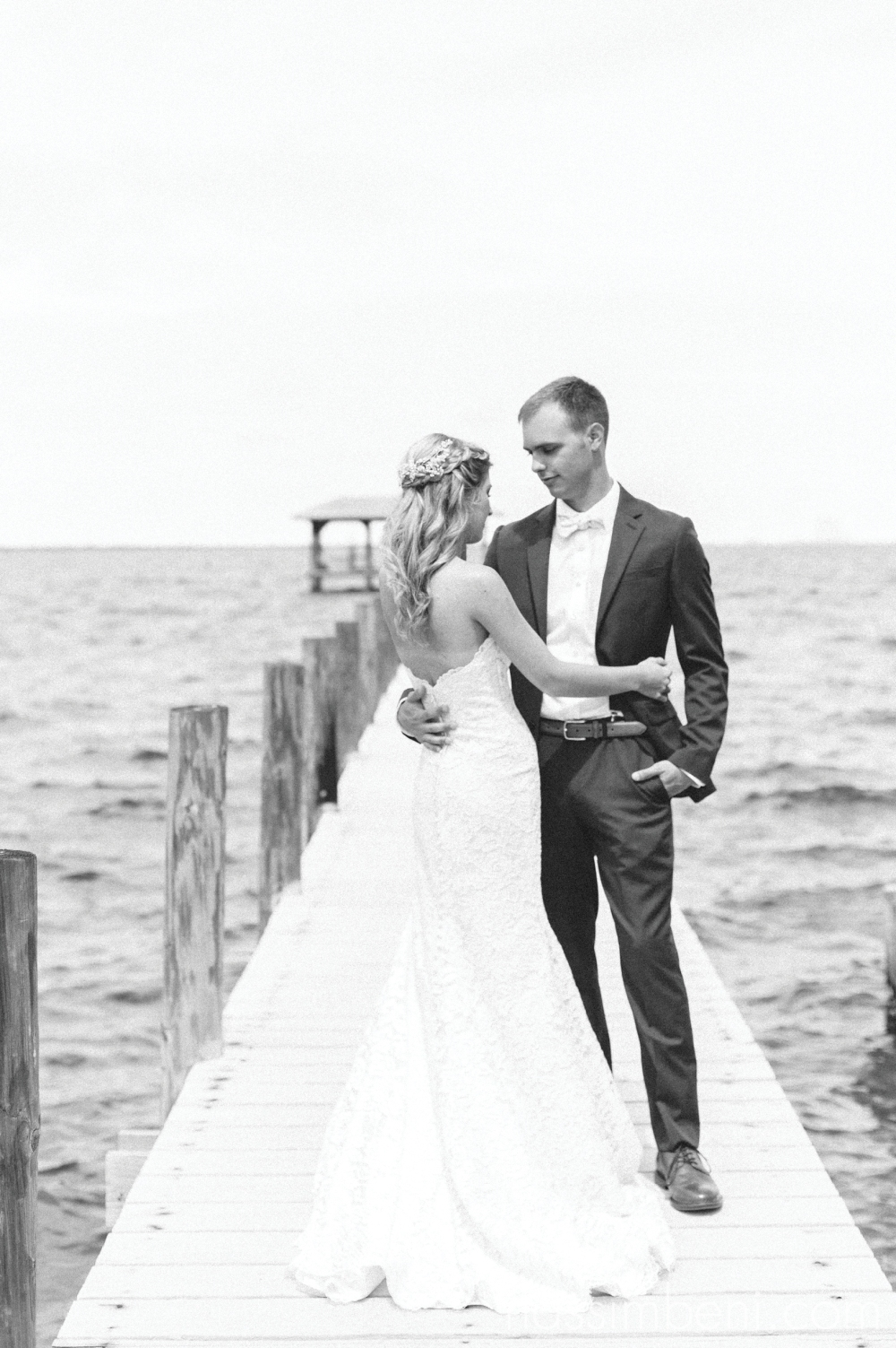 backyard-florida-private-venue-wedding-nassimbeni-photography-30