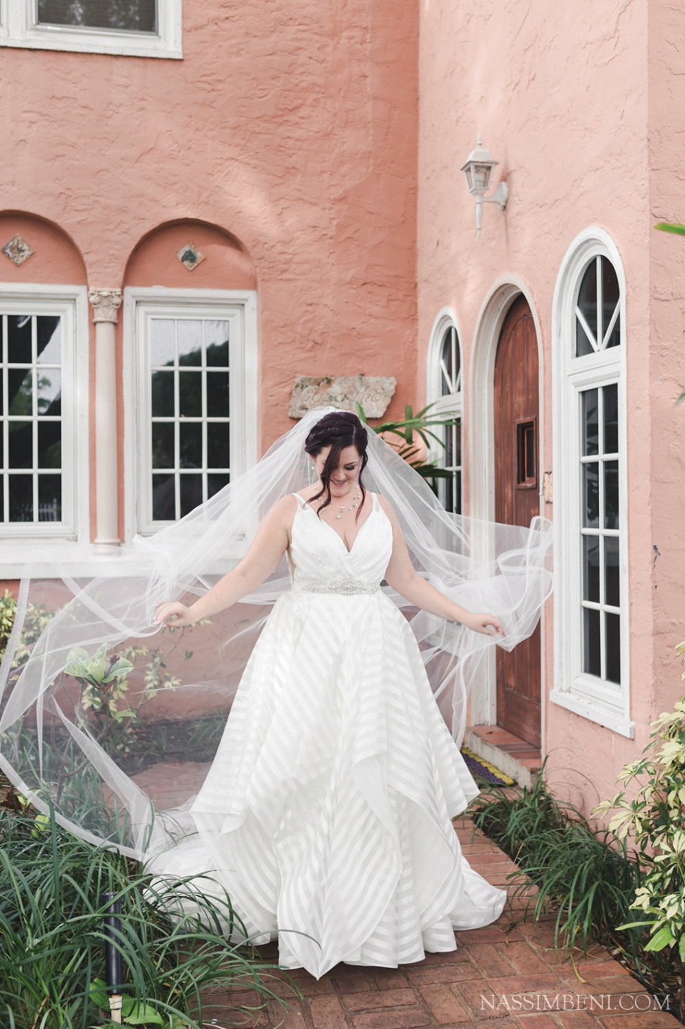 airbnd bridal prep location - palm beach florida destination wedding
