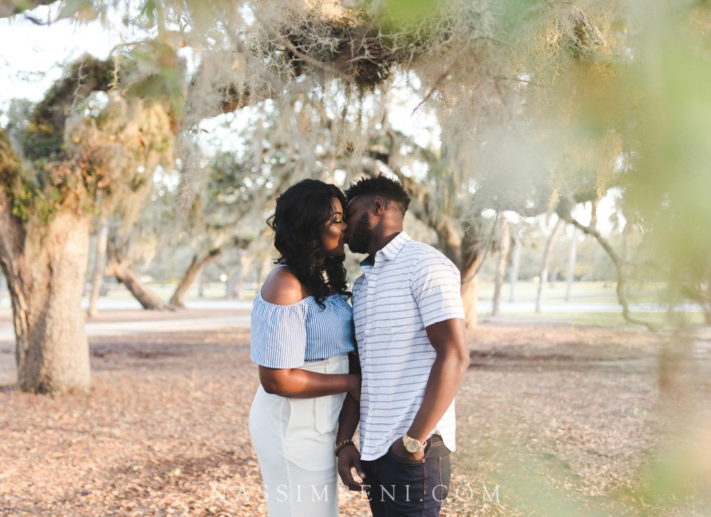 Vero-beach-art-center-engagement-photos-nassimbeni-photo-and-films-10
