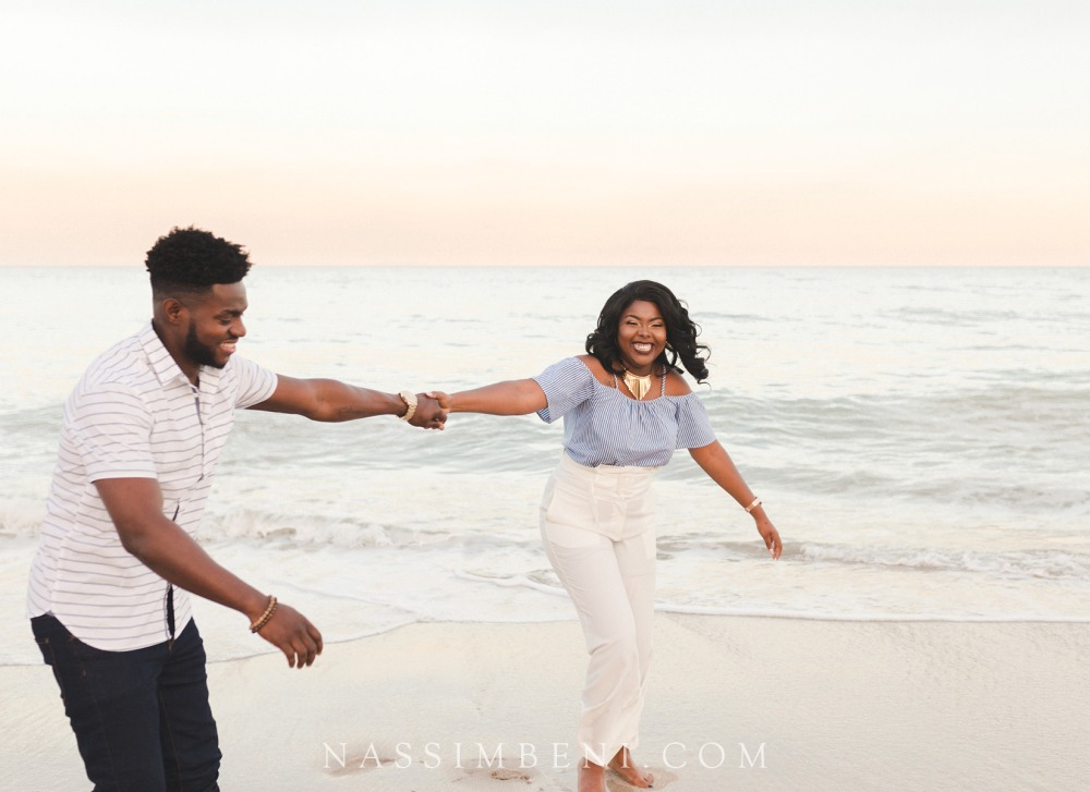 Vero-beach-art-center-engagement-photos-nassimbeni-photo-and-films-14