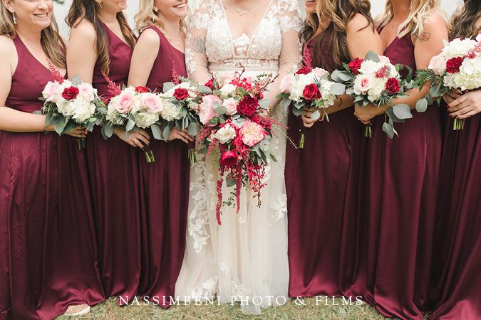 saranditpitiy bridesmaids bouquets